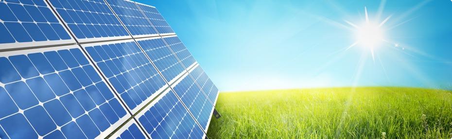 solceller på fält